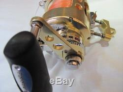 Fin-Nor Santiago SA25 Lined Deep Sea Fishing Reel with Mounting Clamp