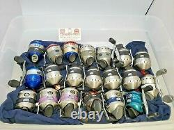 LOT OF 20 ZEBCO 33 SPINCAST REELS With 10LB LINE ASSORTED COLORS, FS