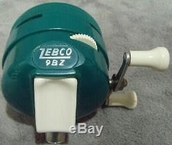 Vintage 1962 Zebco ZeeBee 9BZ Spin Cast Reel Includes Box & Manual Very Rare USA