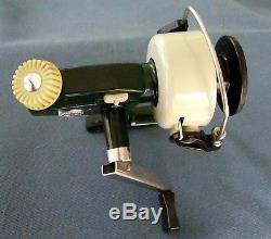 Vintage 1970's Era Zebco Cardinal 4 Sweden-Spinning Reel-Near Mint Condition