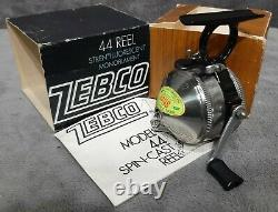 Vintage 1975 New n Box Zebco 44 Spin-Cast Reel Original Box & Manual Made in USA