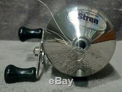 Vintage 1977 New in Box Zebco Omega One Heavy Duty Spincast Reel Very Rare USA
