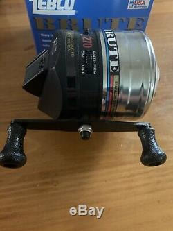 Vintage 1994 Brand New in Box! Zebco 270 Brute Reel Metal Foot Made in USA Rare