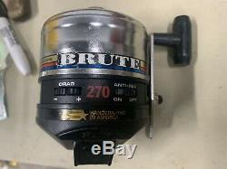 Vintage 1994 Zebco 270 Brute Reel Metal Foot Made in USA Rare