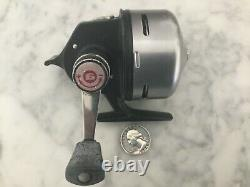 Vintage Garcia ABUMATIC 270 Spin Cast Reel Silver Made in Sweden Abu Matic RARE