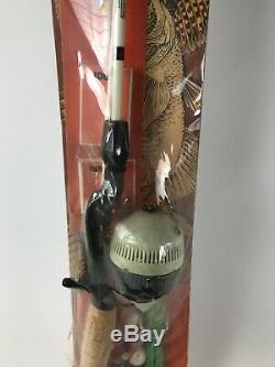 ZEBCO SEALED 150 Piece Fishing Kit with US 76 Reel & 4077 Rod Vintage