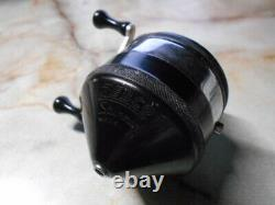 Zebco Model 33 Small size vintage Spinning Reel N3485