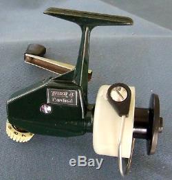 Epoque Vintage Des Années 1970 Zebco Cardinal 4 Suède-spinning Reel Condition