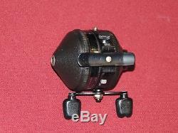 Rare Vintage Zebco Model 34 Spincasting Reel, Fonctionne Parfaitement
