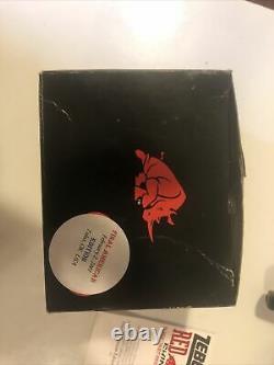 Rhinocéros Zebco Vintage. Dernier Jour De La Bobine De Production Américaine. Seulement 300 Produits