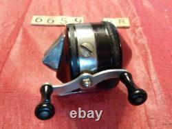 T6659 Fr Noir Zebco 33 W Mylar Plastique Spinner Head Reel Fishing Made In USA