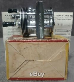 Vintage 1963 Monnaie Dans L'encadré Zebco Streamlite Modèle 310 Niveau Wind Reel Coulée USA