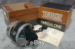 Vintage 1977 Nouveau Dans La Boîte Zebco Omega One Heavy Duty Spincast Reel Très Rare Etats-unis