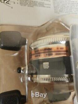 Vintage 1981 Zebco Spinner Modèle 33 Coulée Reel Nouveau Dans Le Paquet Made In USA