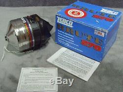 Vintage 1994 Tout Neuf Dans La Boîte! Pied En Métal Zebco 270 Brute Reel Fabriqué Aux États-unis