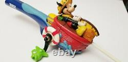 Vintage Collectible Zebco Mickey Mouse Rod And Reel Rare Collectors Piece