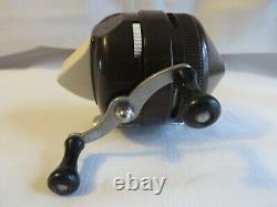 Vintage Fishing Reel Zebco 202 Chocolate Brown Fish Rare Metal Foot Works