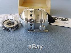 Vintage Rare Zebco Omega Ltd Spincast Reel-nos-numéroté 040 Peut-être Sur 100